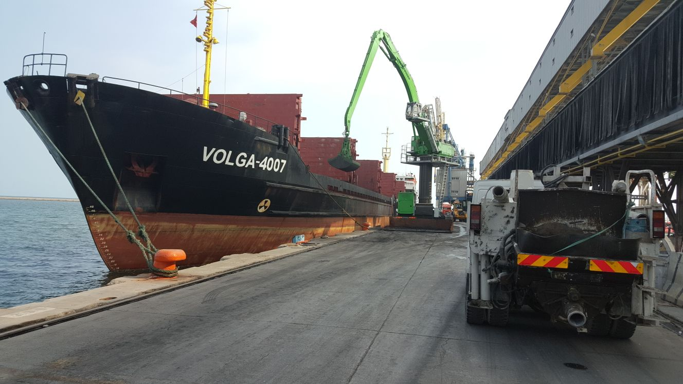 MV VOLGA – 4007 / DISCHARGING