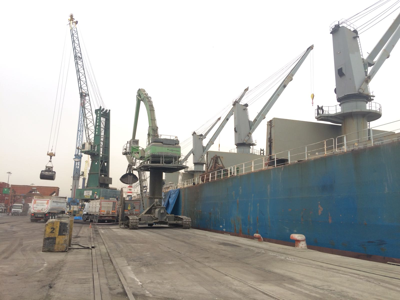 MV MARVEL – DISCHARGING